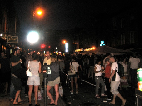 I was having issues w/ my flash, but as you can see the streets were packed...you get the idea